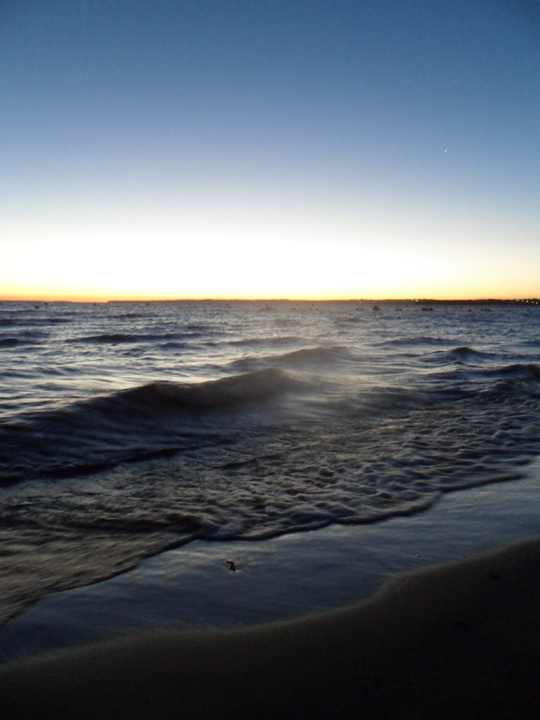 Ligeras olas en Costanera Encarnacion